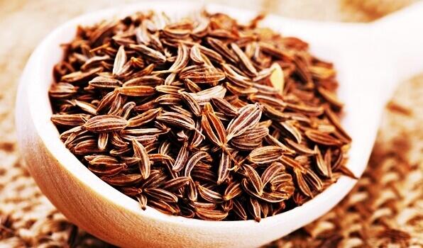 herbal_butter_caraway_seeds
